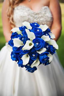 colbalt blue wedding flowers